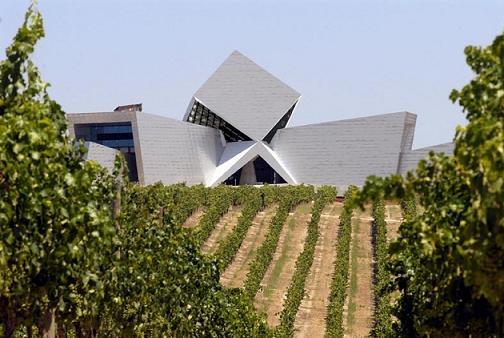 Bodegas Irius, arquitectura entre viñedos